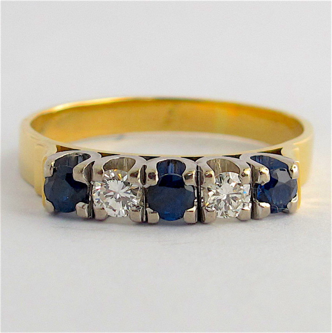 18ct yellow & white gold sapphire and diamond ring image 0