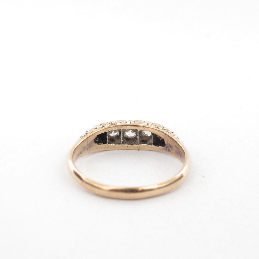 18ct yellow gold antique diamond set ring image 2