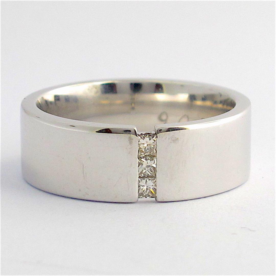 9ct white gold diamond band image 0