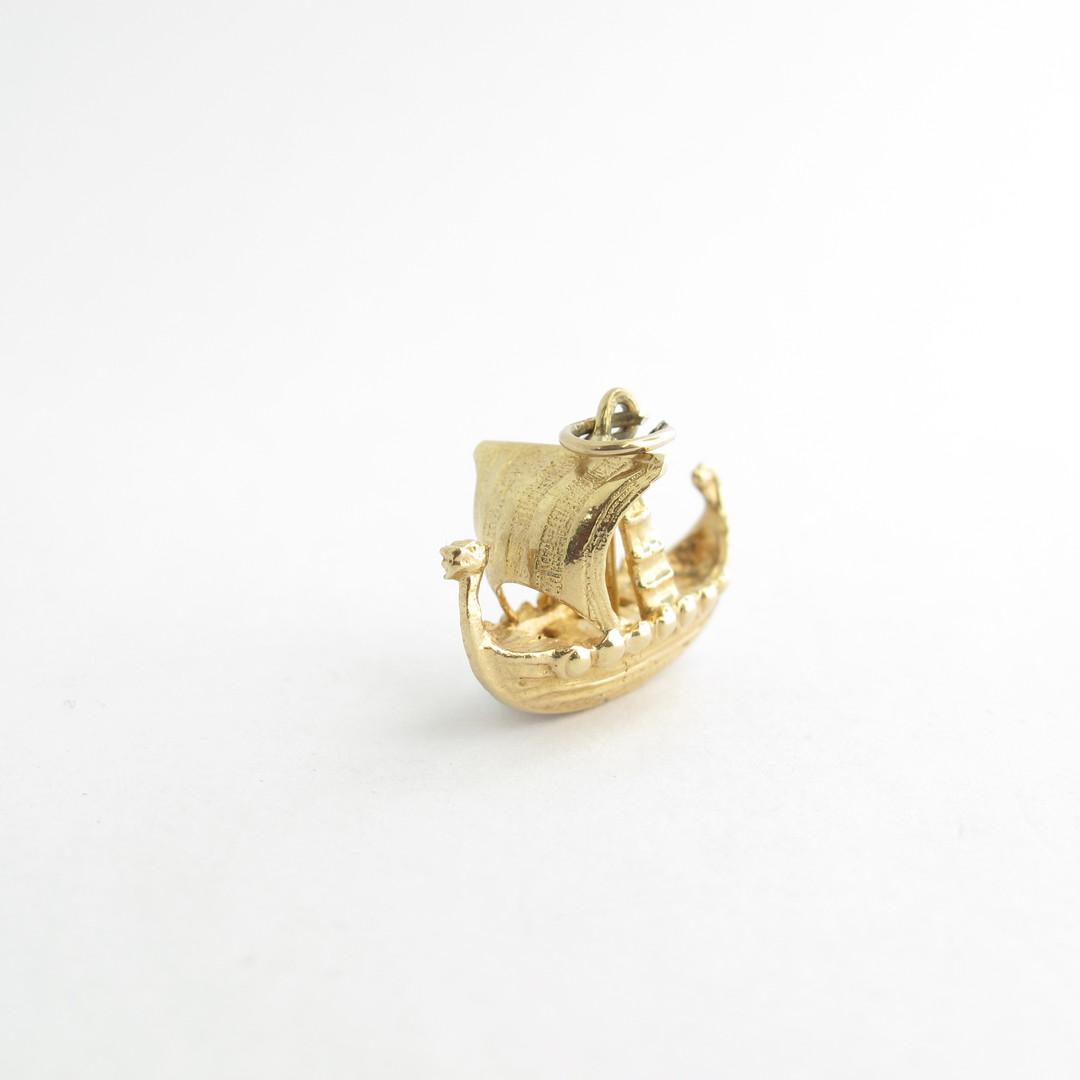 9ct yellow gold viking boat charm image 1