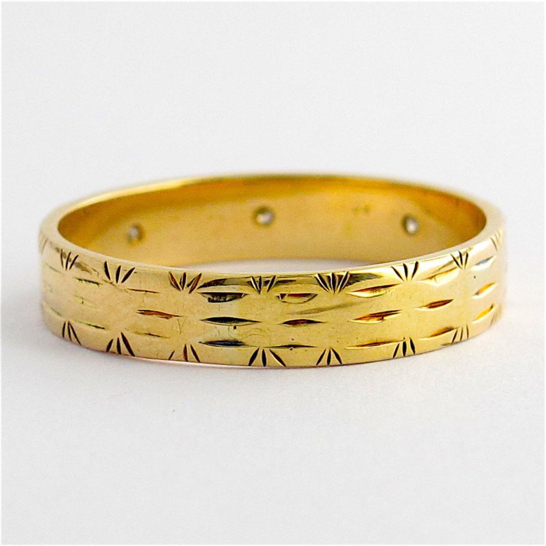 9ct yellow gold engraved diamond set band image 1