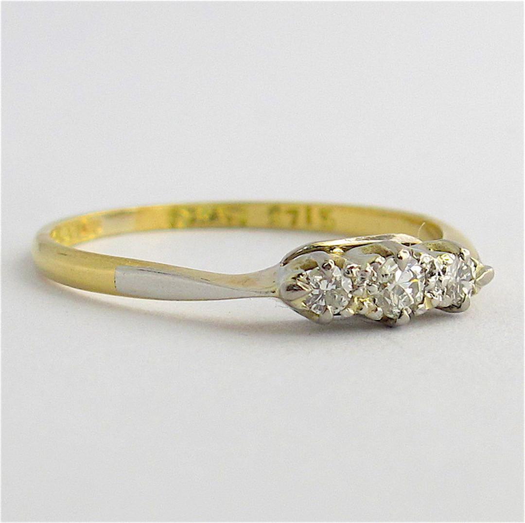 18ct yellow gold and platinum 3 stone diamond ring image 1