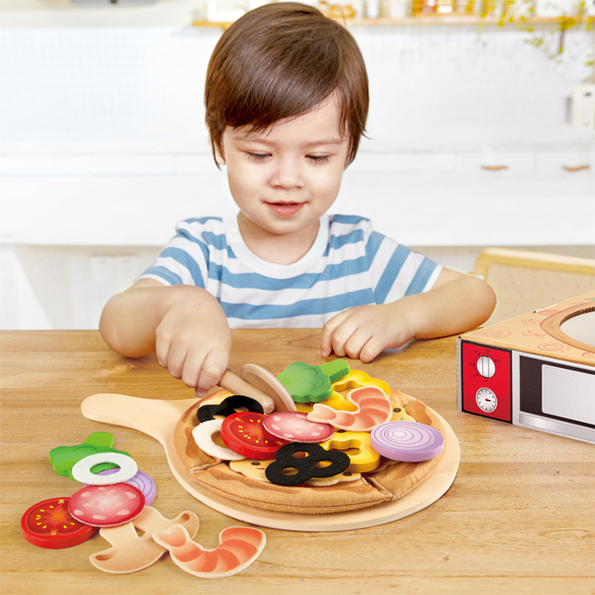 Hape Perfect Pizza Playset image 1