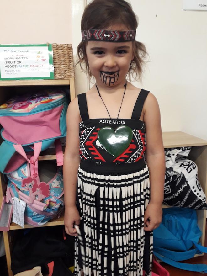 Maori Girl Costume medium image 3