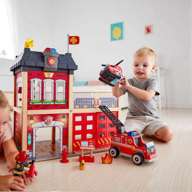 Hape City Fire Station - FREE DELIVERY image 1