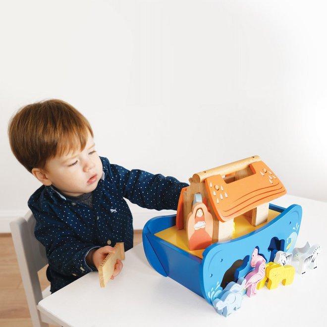 Le Toy Van Noah's Ark Shape Sorter image 2