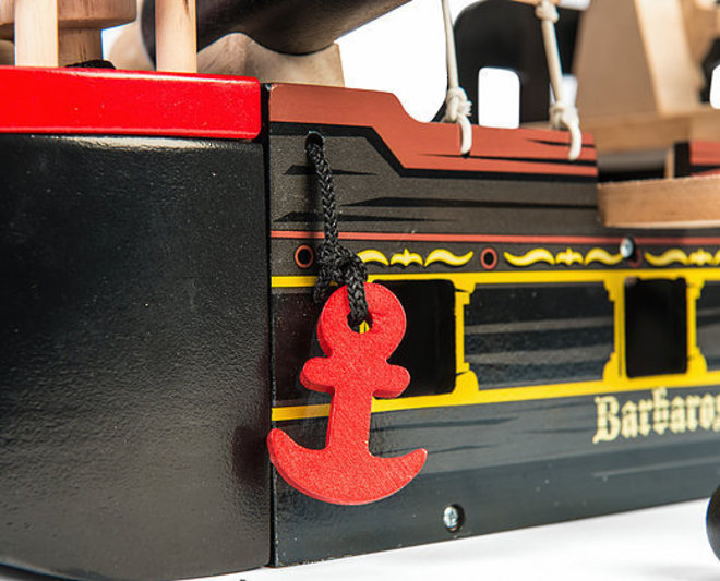 Le Toy Van Barbarossa Pirate Ship - FREE DELIVERY image 3