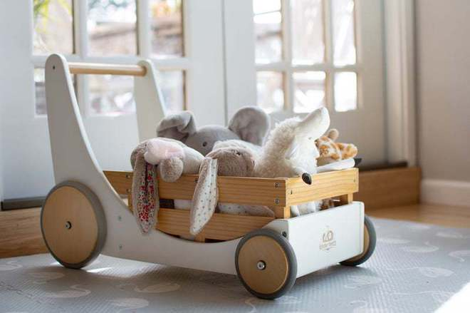 Kinderfeets Cargo Baby Walker white - FREE DELIVERY - Pre-orders accepted from next shipment due here by late August image 3