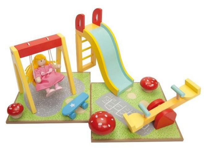 Le Toy Van Outdoor Playset image 0