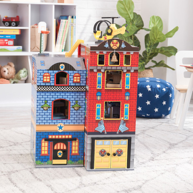 Kidkraft Everyday Heroes Play set - FREE DELIVERY image 3