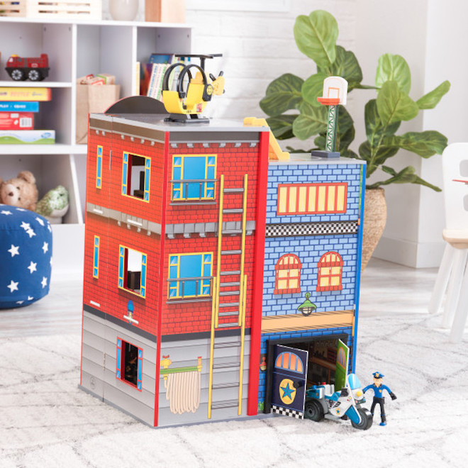 Kidkraft Everyday Heroes Play set - FREE DELIVERY image 4