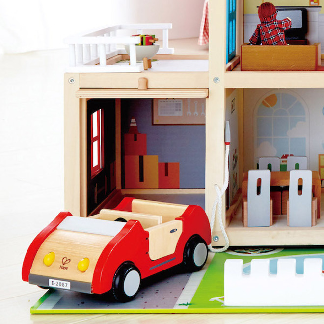 Hape Doll Family Mansion - FREE DELIVERY image 4