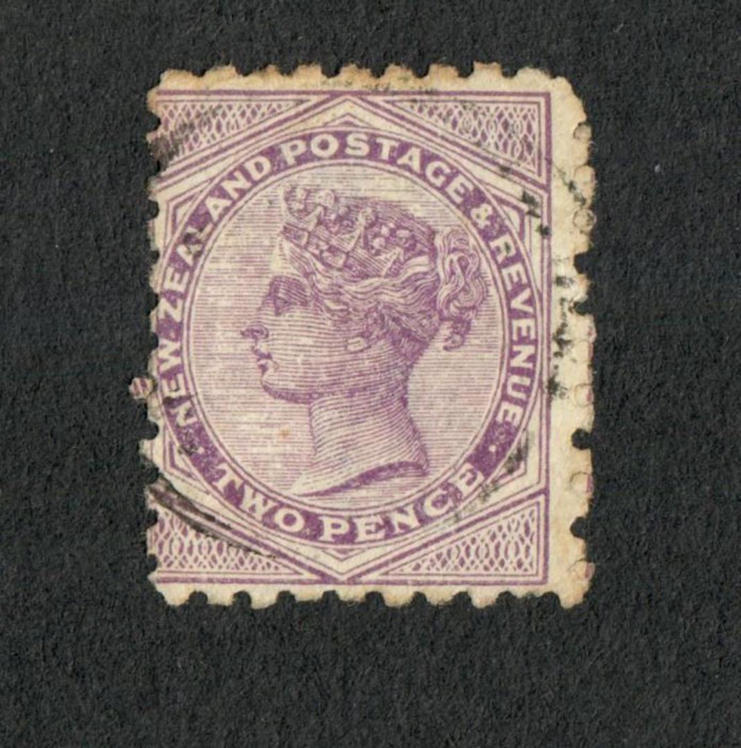 NEW ZEALAND 1882 Victoria 1st Second Sideface 1d Red. Fry's Pure Concentrated Cocoa. Second setting. - 3988 - Used image 1