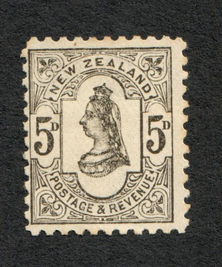 NEW ZEALAND 1882 Victoria 1st Second Sideface 5d Grey. - 33 - LHM image 0