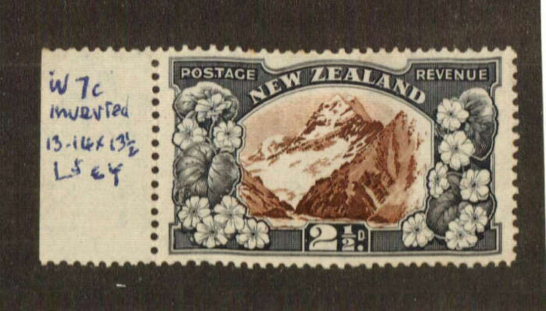 NEW ZEALAND 1935 Pictorial 2½d Mt Cook. Single Watermark Inverted. - 74684 - Mint image 0