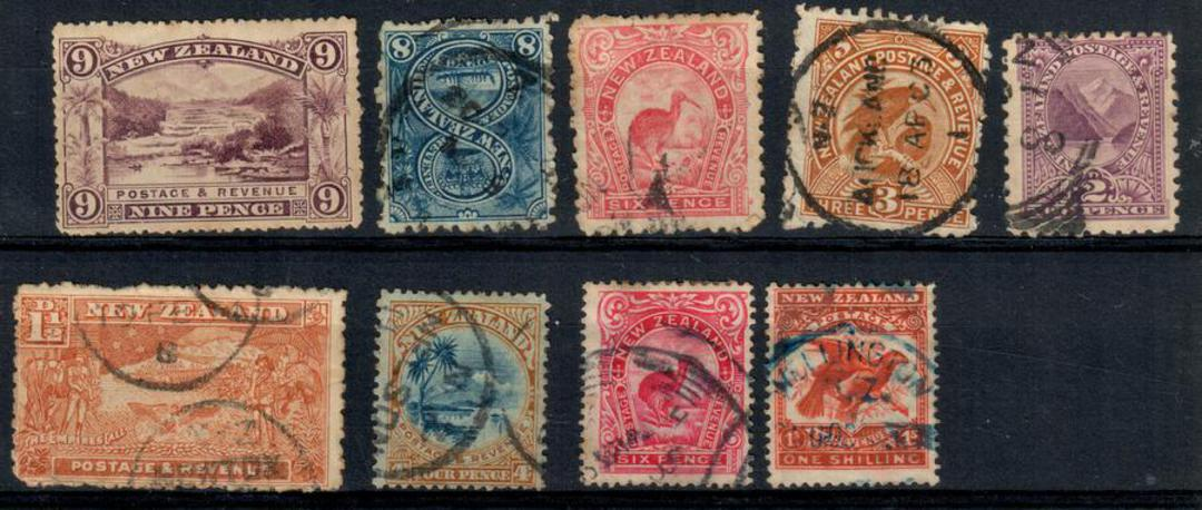 """NEW ZEALAND 1898 Pictorials. Selection of 9 middle value items. Postmarks make the items """"seconds"""" but good value. - 24050 - Mix image 0"""