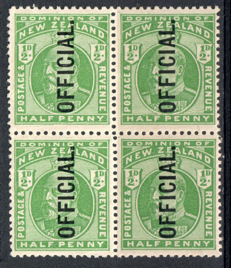NEW ZEALAND 1909 Edward 7th Official ½d Green. Block of 4. Two hinged. - 79610 - UHM image 0