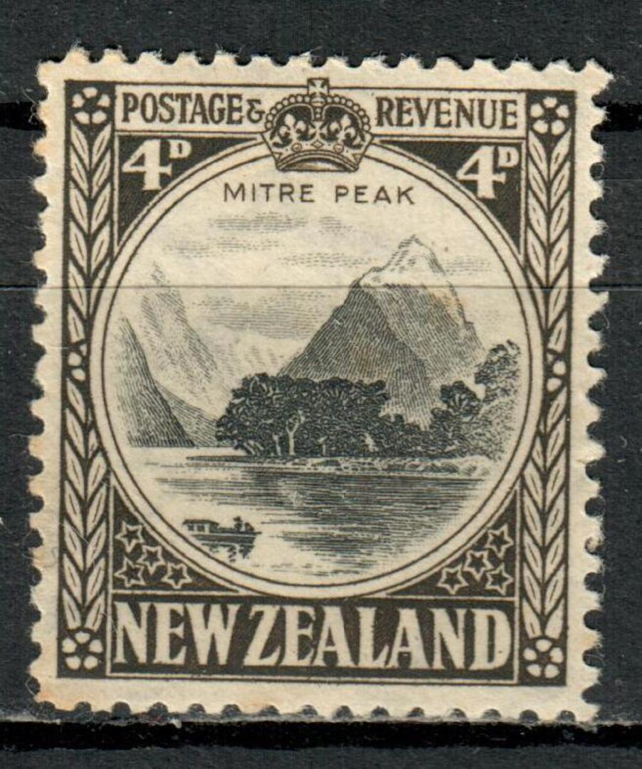 NEW ZEALAND 1935 Pictorial 4d Mitre Peak. Perf 12½. - 4184 - UHM image 0