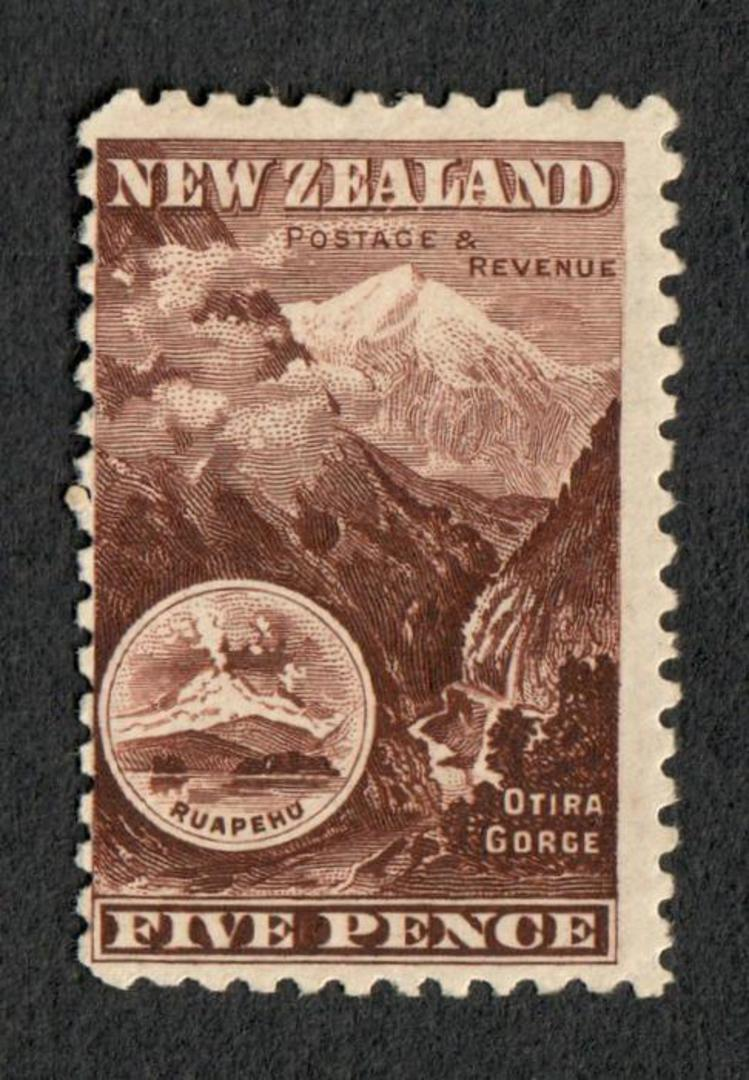 NEW ZEALAND 1898 Pictorial 5d Otira Gorge Chocolate. First Local Issue on Unwatermarked Paper. Perf 11. CP E13b(1). - 74868 - Mi image 0