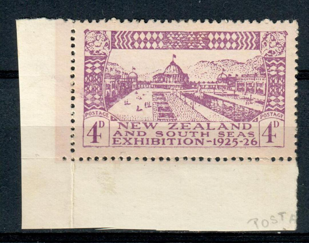 NEW ZEALAND 1925 Dunedin Exibition 4d Mauve. Row 10/1 POSTAGF flaw with both selvedge. - 4358 - LHM image 0