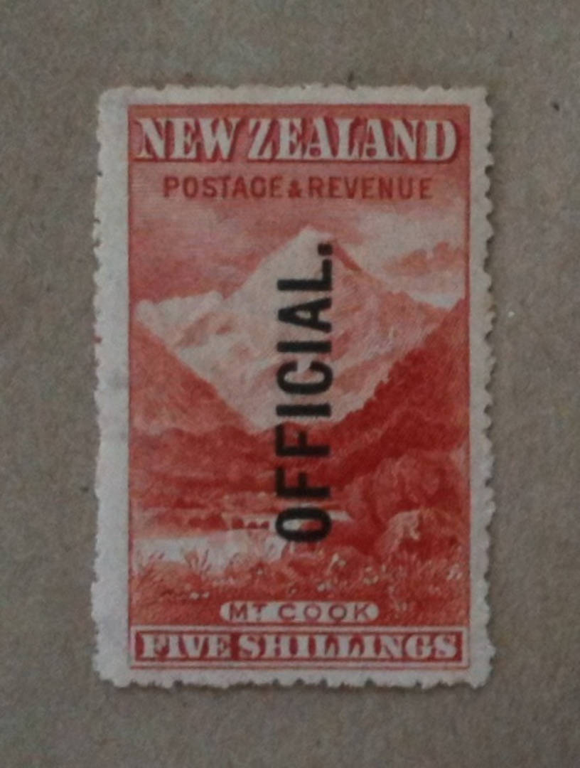 NEW ZEALAND 1898 Pictorial Official 5/- Mt Cook.This is a splendid UHM copy nicely centred. - 20005 - UHM image 0