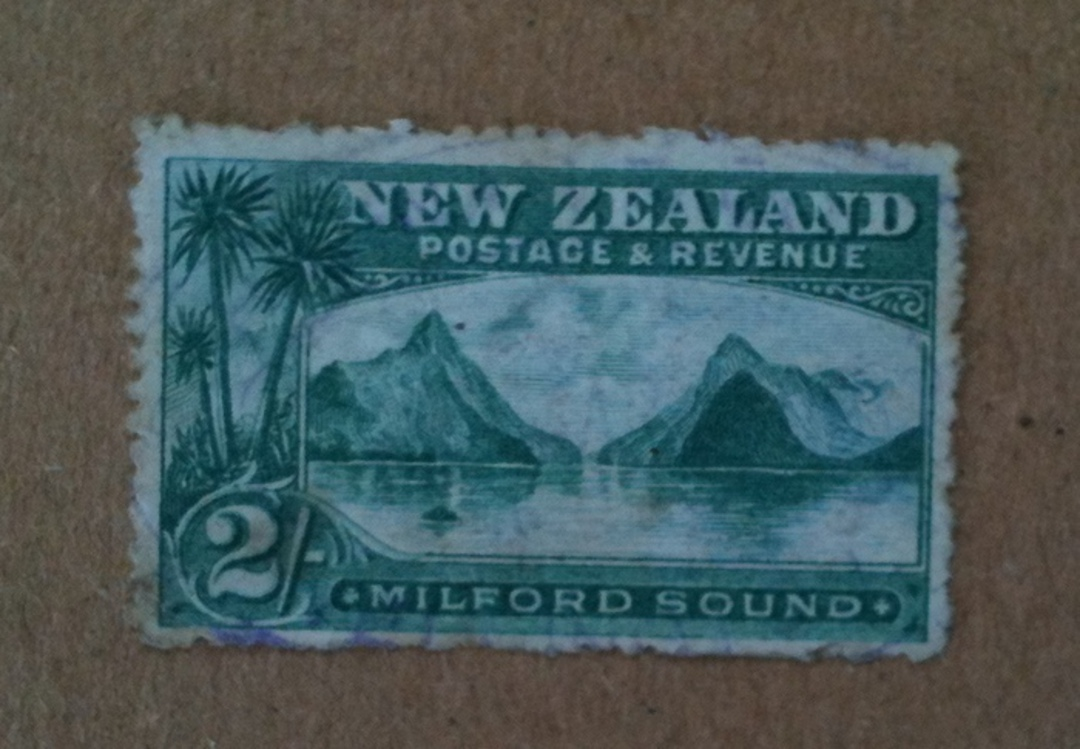 NEW ZEALAND 1898 Pictorial 2/- Green. Third Local Print. Perf 14. Watermark. Light postmark. - 74942 - Used image 0