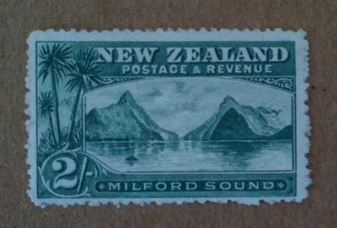 NEW ZEALAND 1898 Pictorial 2/- Green. Third Local Print. Perf 14. Watermark. - 74943 - UHM image 0