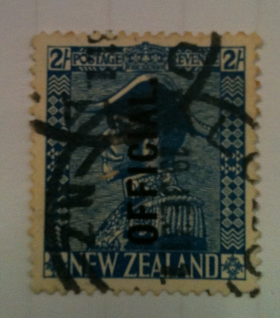 NEW ZEALAND 1926 Geo 5th Official 2/- Blue. Commercial cancel heavy. - 71911 - Used image 0