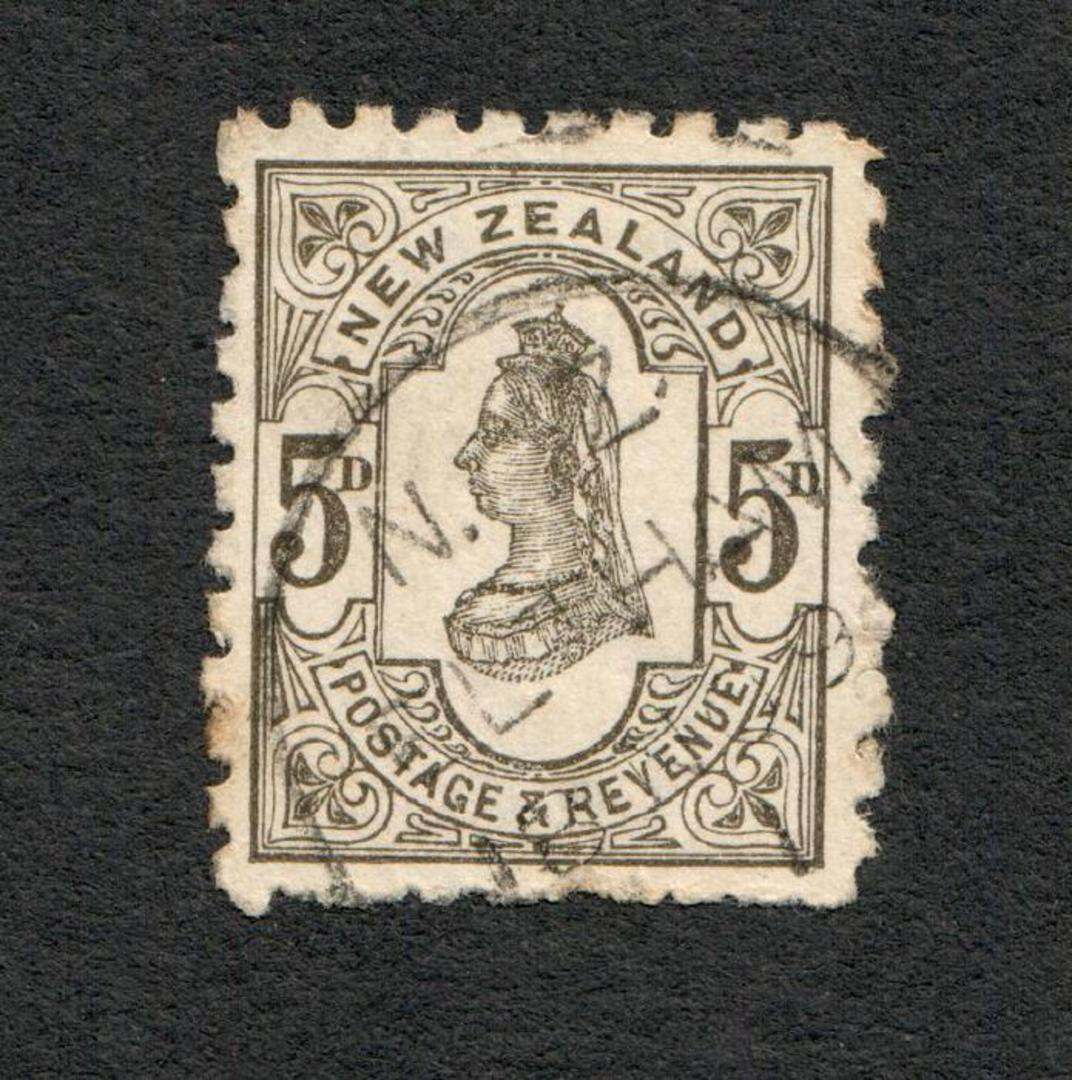 "NEW ZEALAND 1882 Victoria 1st Second Sideface 5d Grey with advert ""Kaitangata"". - 75171 - FU image 0"