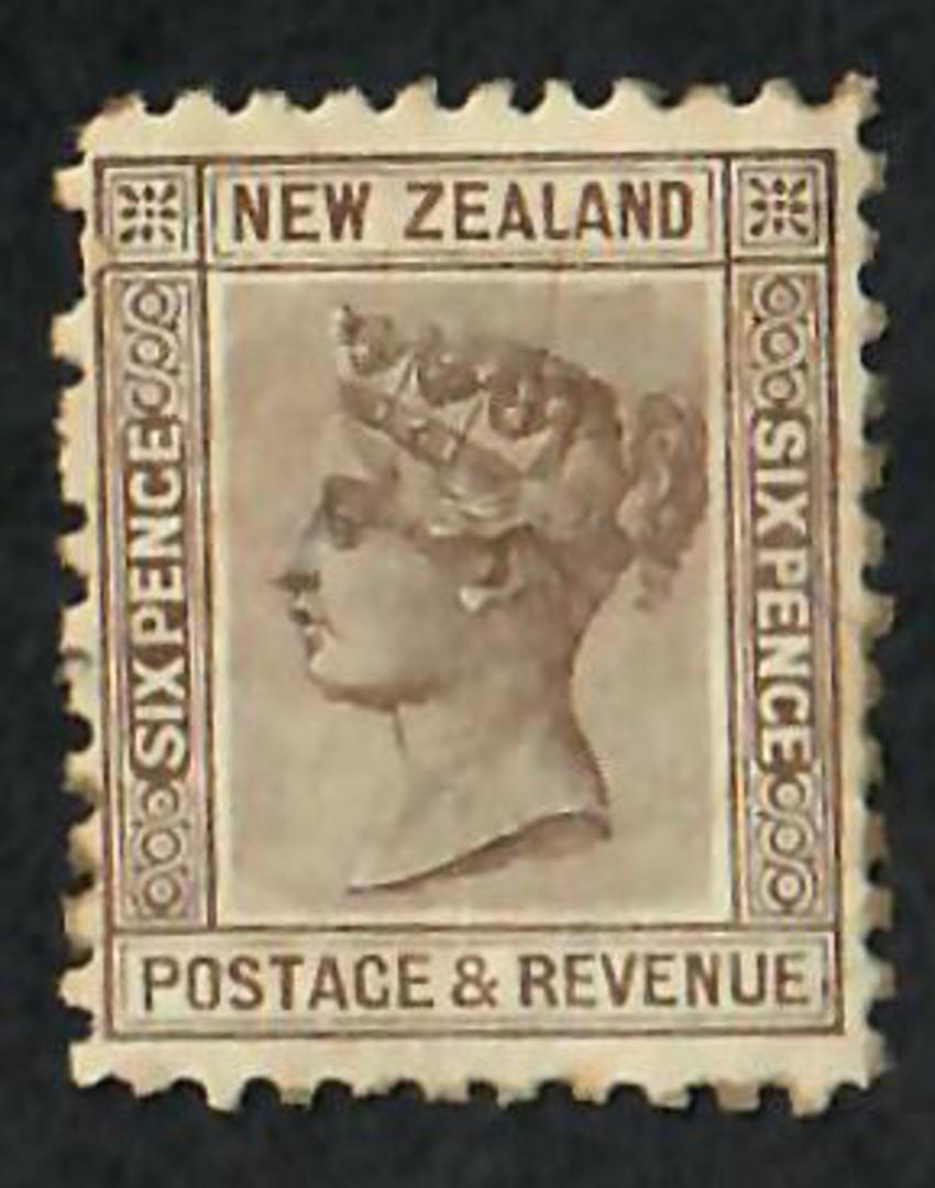 NEW ZEALAND 1882 Victoria 1st Second Sideface 6d Brown. Hinge remains. Good from the front. - 3543 - Mint image 0
