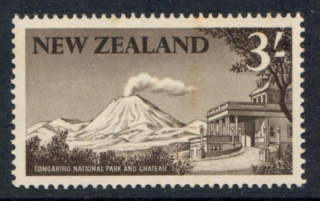NEW ZEALAND 1960 Pictorial 3/- Mt Ngaruahoe Sepia. - 360 - UHM image 0