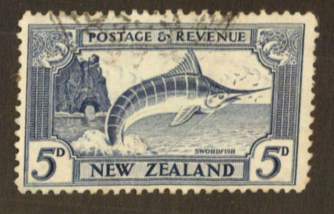 NEW ZEALAND 1935 Pictorial 5d Blue. Perf 12½. - 74779 - FU image 0