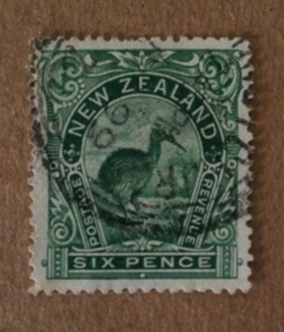 NEW ZEALAND 1898 Pictorial 6d Green. London Print. Nice copy dated 1899. - 74628 - FU image 0
