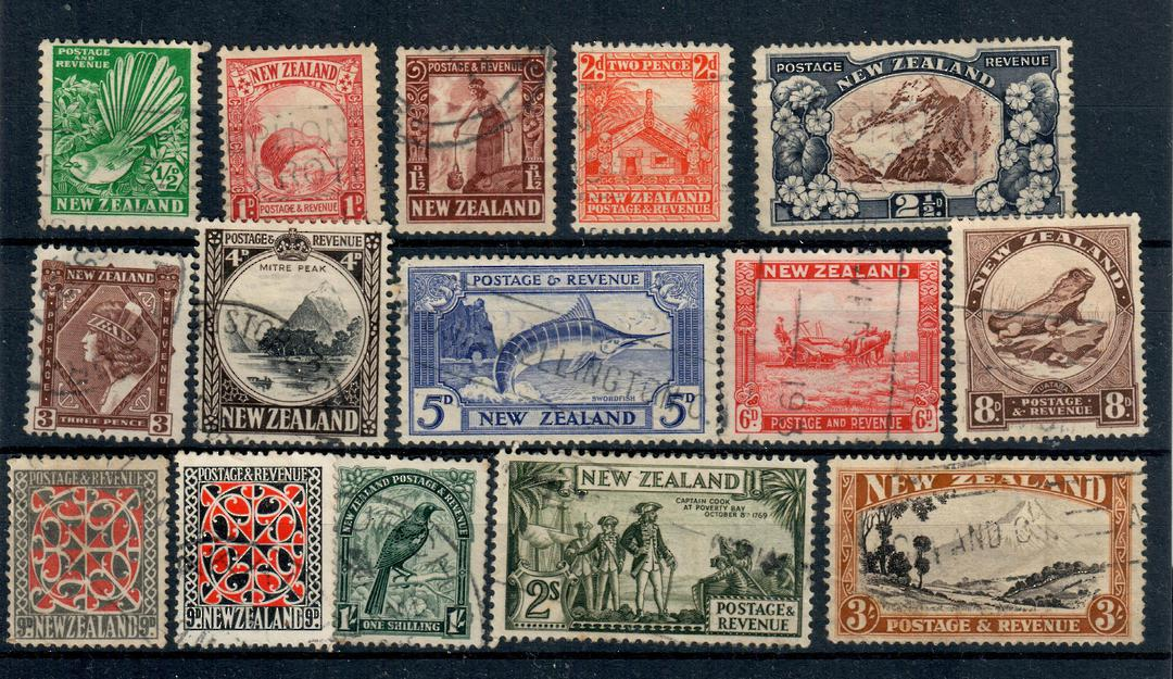 NEW ZEALAND 1935 Pictorials. Set of 15. - 20994 - Used image 0