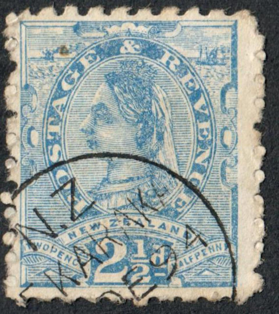 NEW ZEALAND 1882 Victoria 1st Second Sideface 2½d Blue.  Perf 10. For Carpets and Floorcoaters ................. - 3985 - FU image 0