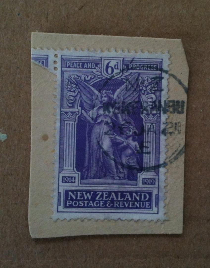 NEW ZEALAND 1920 Victory 6d Purple on piece with nice KEKERANGU A Class cancel. - 74936 - Used image 0
