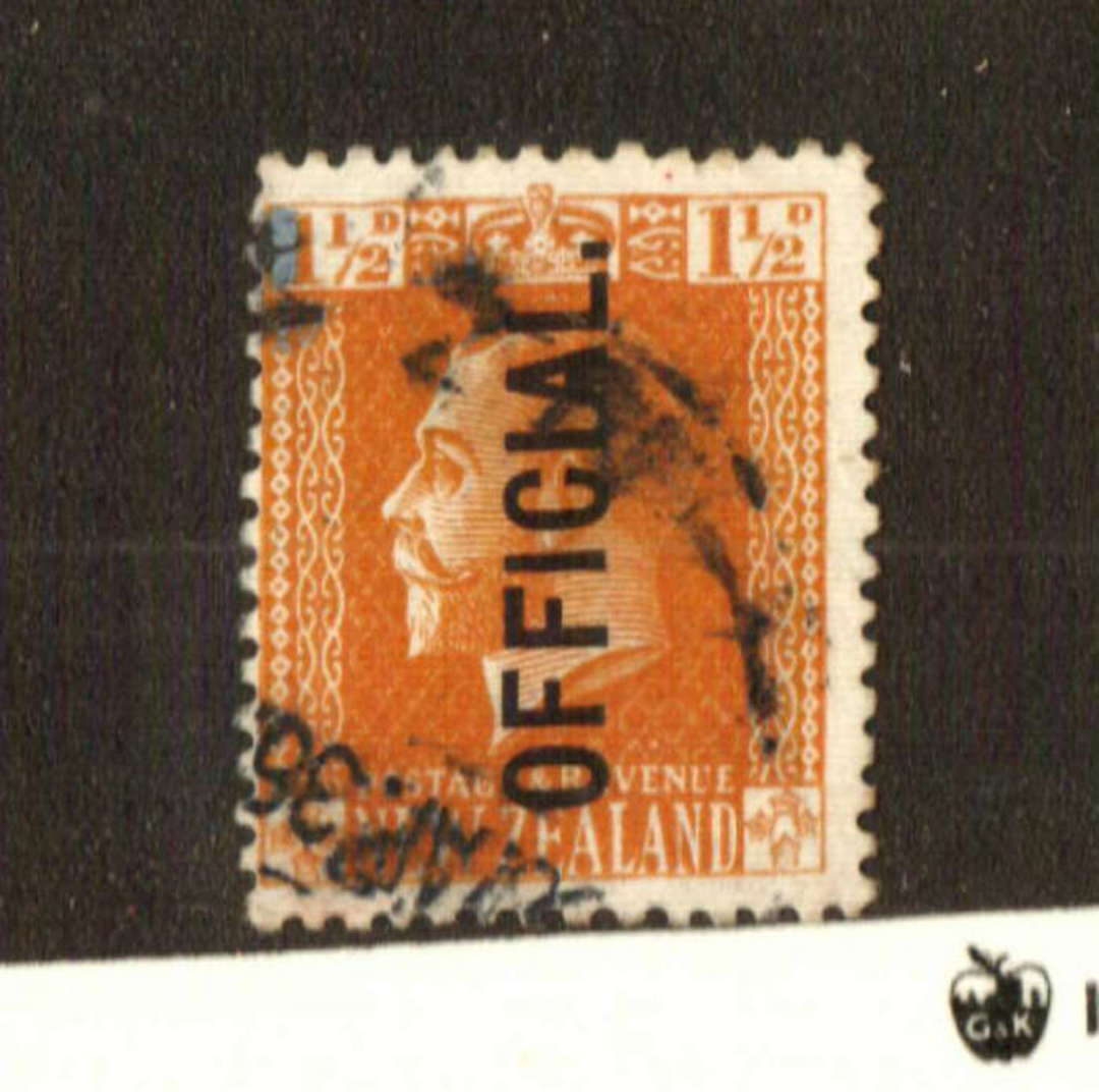 NEW ZEALAND 1915 Geo 5th Official 1½d Orange-Brown. Cowan Paper. Perf 14. Heavy Postmark. - 74663 - Used image 0