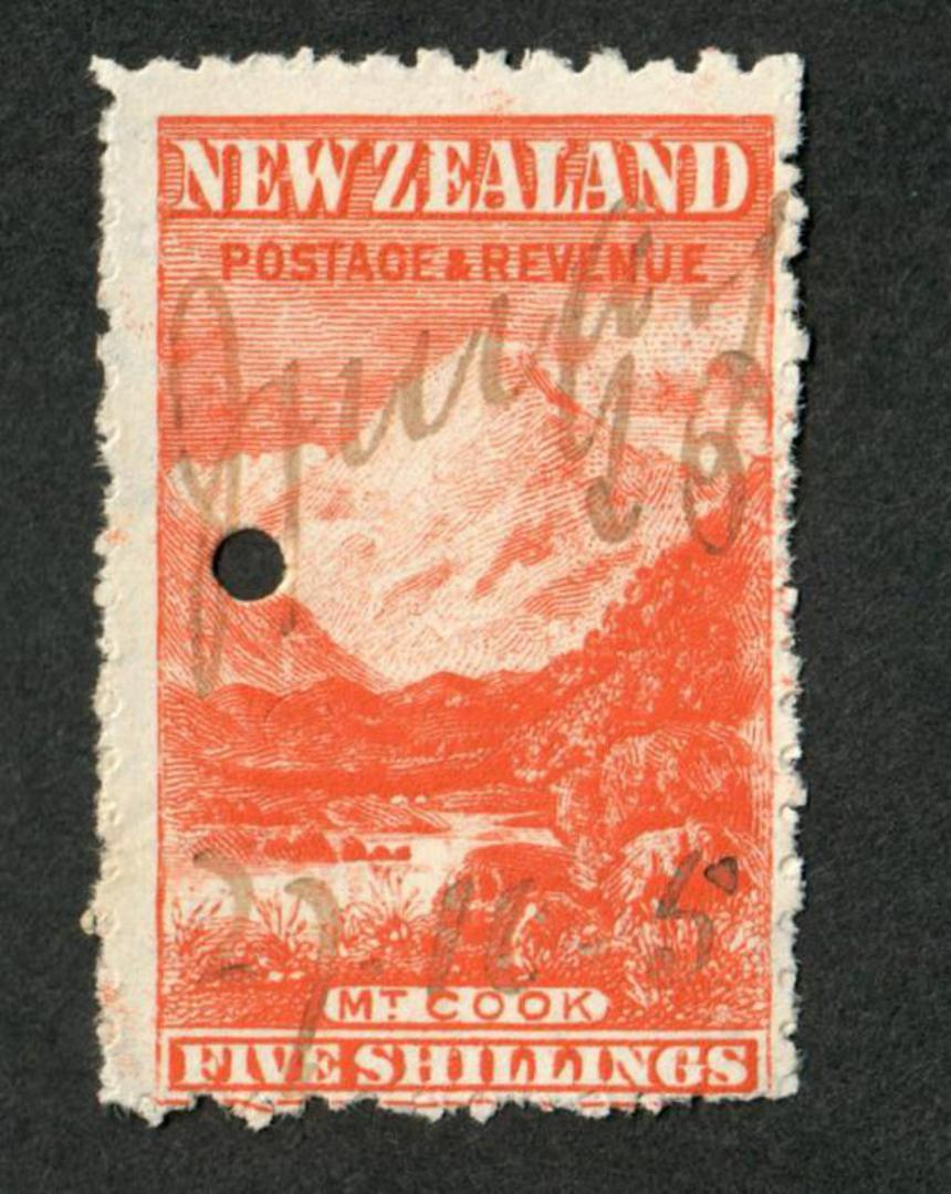 NEW ZEALAND 1898 Pictorial 5/- Red on Cowan paper. Watermark Upright. Fiscally used. - 39223 - Fiscal image 0