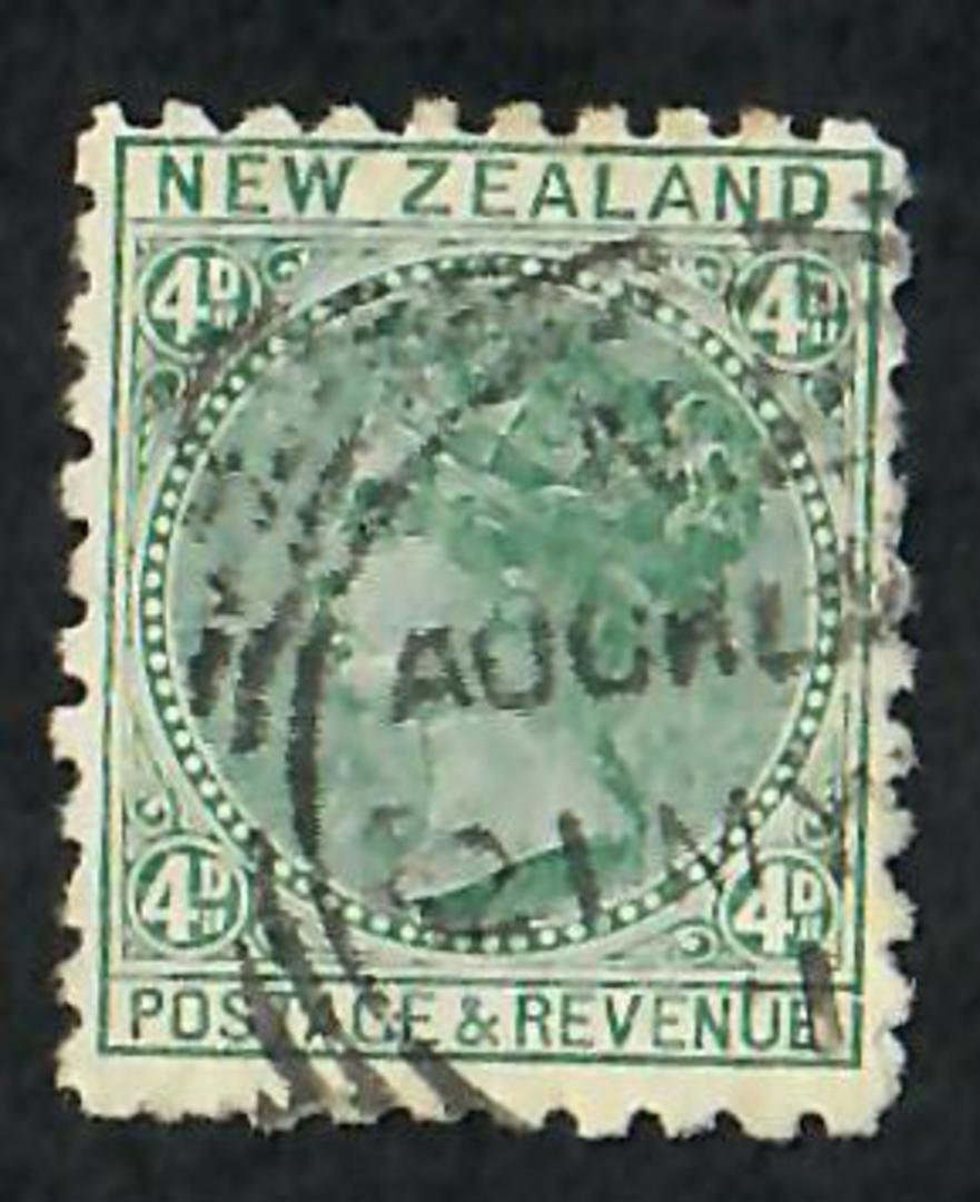 NEW ZEALAND 1882 Victoria 1st Second Sideface 4d Green. Third setting in Mauve. Macbean Stewart. - 3951 - FU image 0