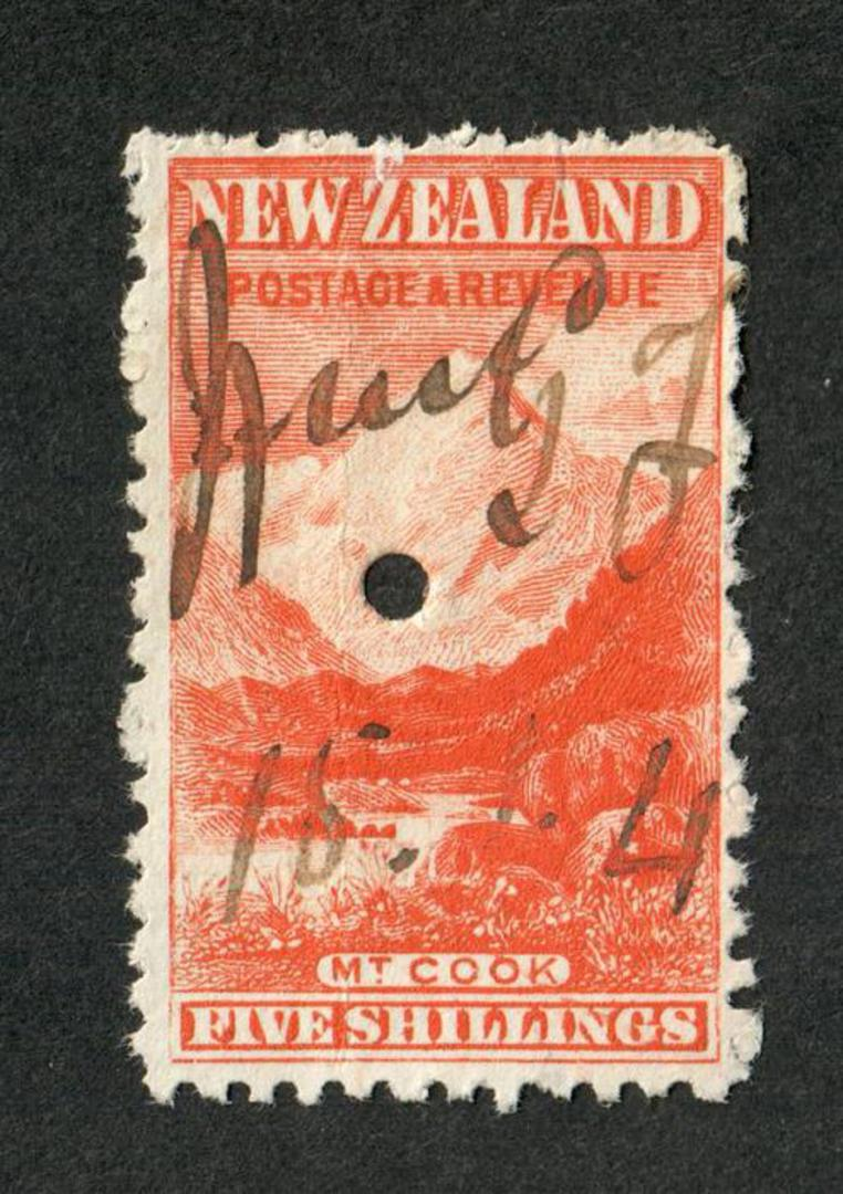 NEW ZEALAND 1898 Pictorial 5/- Red on Cowan paper. Watermark Sideways Inverted. Fiscally used. - 39224 - Fiscal image 0