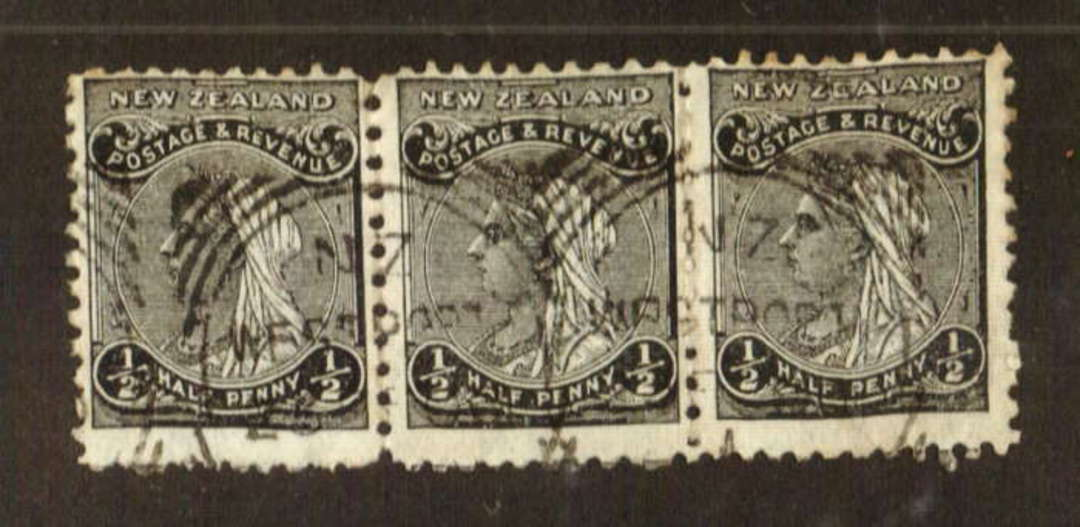 NEW ZEALAND 1882 Victoria 1st Second Sideface ½d Black. Nice strip of 3. - 71286 - UHM image 0
