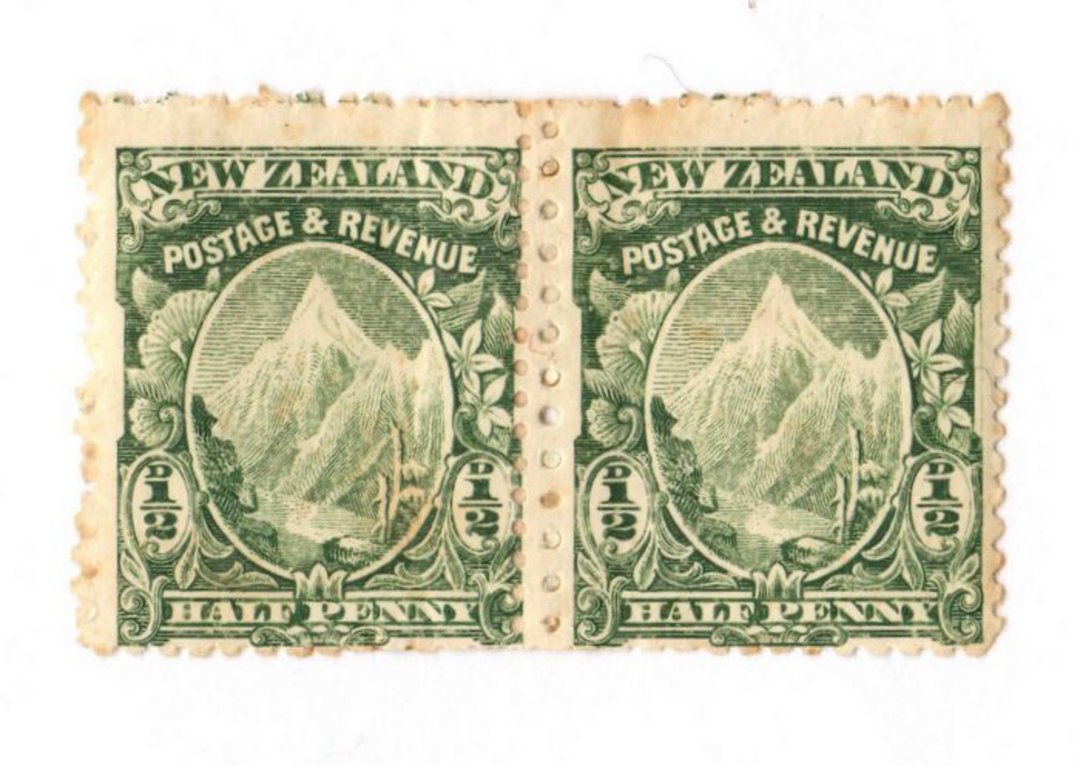 NEW ZEALAND 1898 Pictorial ½d Mt Cook Green. Mixed Perfs. Pair. Light toning. Two lines of perf visible down the centre on exami image 0