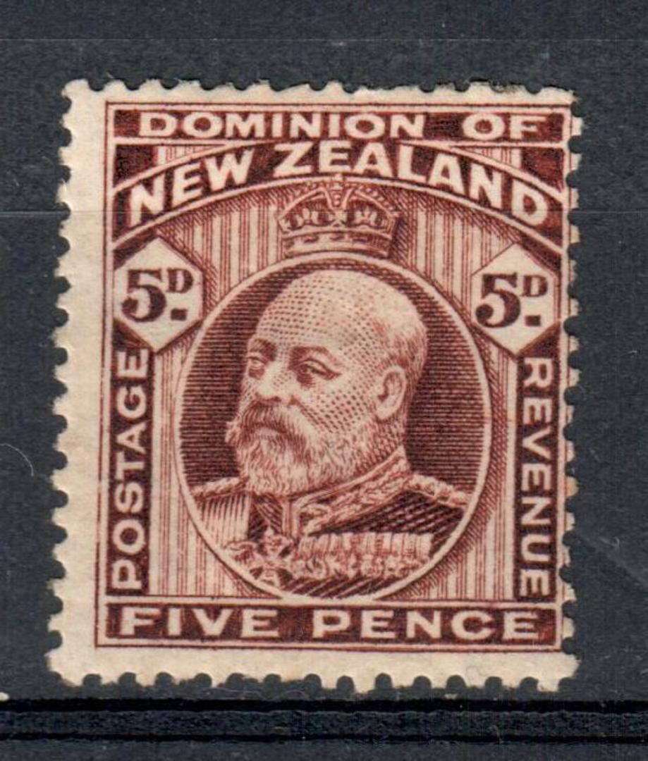 NEW ZEALAND 1909 Edward 7th 5d Brown. Comb perf 14 x 14½. Hinge remains (not too heavy). - 75234 - Mint image 0