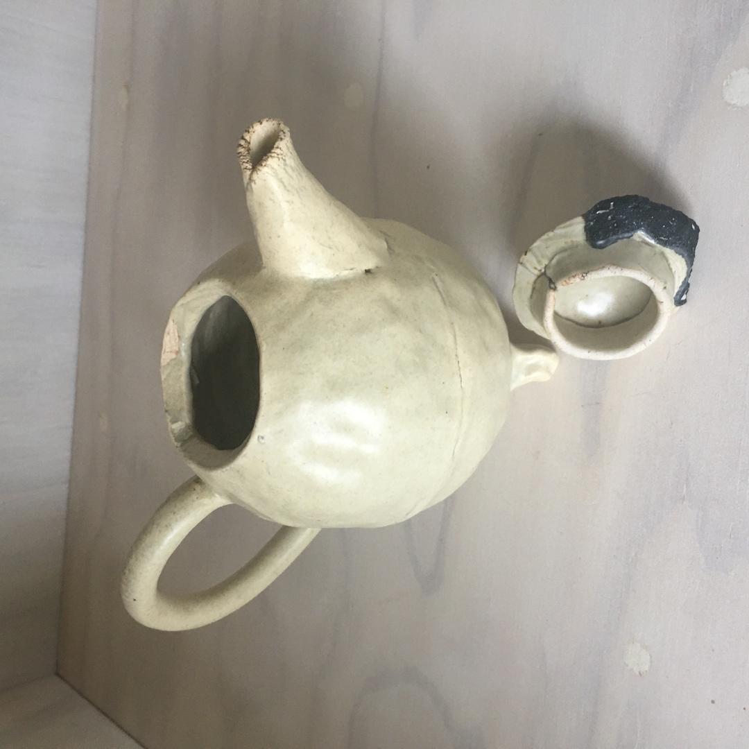 Stoneware teapot with kilnware image 1