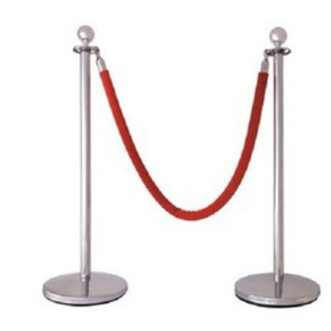 Red Rope Stand Divider image 0
