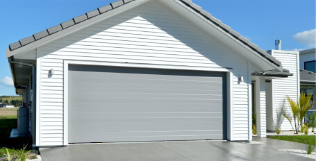 Dominator Insulated Sectional Doors
