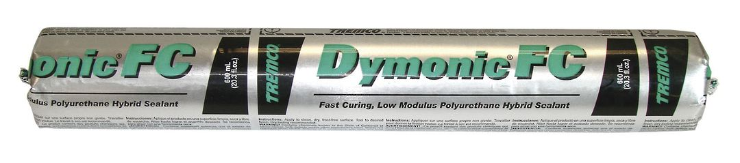 DYMONIC FC FACADE SEALANT - BLACK 600ml image 0