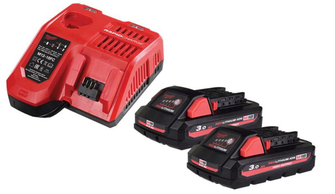 MILWAUKEE M18 3.0Ah BATTERY(2) & CHARGER image 0