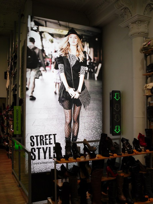Street Style - In-store Light Up Signage