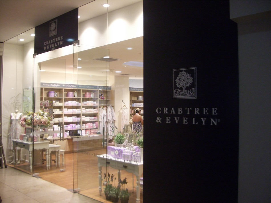 Retail Shop Front - Crabtree & Evelyn